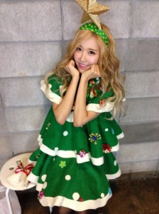 Crayon-Pop_1384749399_20131117_crayonpop_xmas3