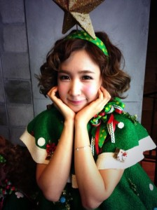 Crayon-Pop_1384749400_20131117_crayonpop_xmas4