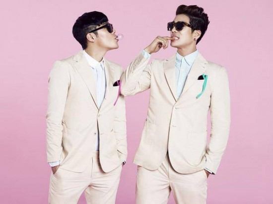 2AM-Changmin-8eight-Lee-Hyun-homme_1405436936_af_org